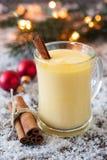 Eierpunsch für Weihnachten lizenzfreie stockfotos