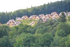 Eifel w Niemcy z domami Zdjęcia Royalty Free