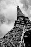 Eiffel aan de hemel stock foto's