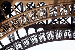 Eiffel för forscloseupdetalj towe Arkivfoton