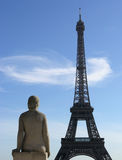 eiffel france gazing paris statue tower Стоковые Изображения