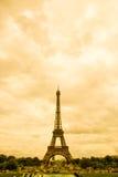 Eiffel no Sepia imagem de stock royalty free