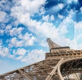 eiffel paris torn Gränsmärkesikt på solnedgången Royaltyfri Fotografi