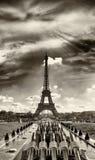 eiffel paris torn Sikt på solnedgången Royaltyfri Bild
