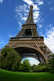 Eiffel står hög Arkivbild
