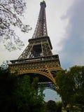 Eiffel står hög 1 arkivfoton