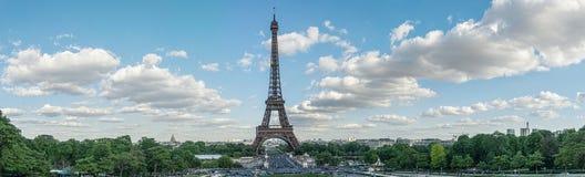 Eiffel står hög panorama Fotografering för Bildbyråer