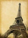 Eiffel står hög. Arkivbild