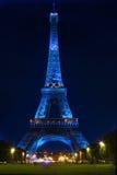 Eiffel torn på natten Royaltyfri Bild