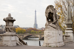 Eiffel Tower Between Statues Stock Images