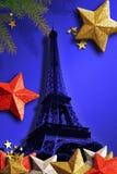 Eiffeltorn för Xmas. royaltyfria bilder