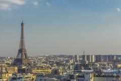 EiffeltornParis horisont Frankrike Royaltyfria Foton