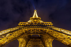 EiffeltornParis skymning Royaltyfria Foton