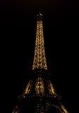 Eiffelturm nachts Lizenzfreie Stockfotos
