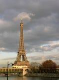 Eiffelturm in Paris (Frankreich) lizenzfreies stockbild