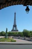 Eiffelturm, Sommerzeit stockfotografie