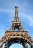 Eiffelturm, Sommerzeit lizenzfreie stockfotos