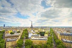 Eiffelturmmarkstein, Ansicht von Arc de Triomphe Paris, Frankreich stockfoto