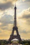Eiffelturmmarkstein, Ansicht von Trocadero. Paris, Frankreich. Stockfoto