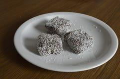 Eigengemaakt gebakje, cakes met kokosnoot Royalty-vrije Stock Afbeeldingen