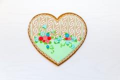 Eigengemaakt hart gevormd koekje stock foto's