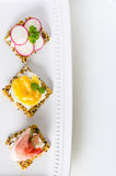 Eigengemaakt kernachtig brood als voorgerechten royalty-vrije stock fotografie