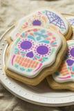 Eigengemaakt Mexicaans Sugar Skull Cookies royalty-vrije stock afbeeldingen