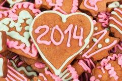 Eigengemaakt nieuw jaarkoekje met het aantal van 2014 Stock Foto