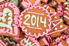 Eigengemaakt nieuw jaarkoekje met het aantal van 2014 Stock Foto's