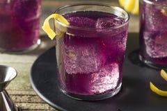 Eigengemaakt Purper Haze Cocktail Stock Foto's