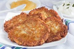 Eigengemaakte aardappelpannekoeken Royalty-vrije Stock Afbeelding