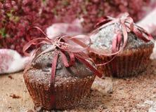 Eigengemaakte chocolade cupcakes Stock Afbeelding