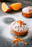 Eigengemaakte cupcakes met sinaasappelen Royalty-vrije Stock Foto