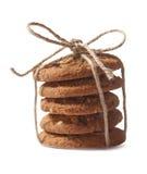 Eigengemaakte die koekjes op witte achtergrond worden geïsoleerd Stock Foto's