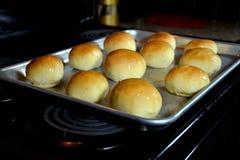 Eigengemaakte Dinerbroodjes Stock Foto's