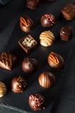 Eigengemaakte Donkere Chocoladetruffels Stock Fotografie
