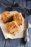 Eigengemaakte honingscake Stock Afbeelding