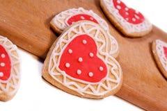Eigengemaakte koekjes voor het houden van Royalty-vrije Stock Afbeeldingen