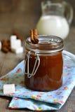 Eigengemaakte kruidige karamel Stock Foto's