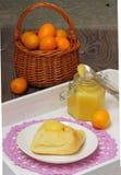 Eigengemaakte Kumquat Gestremde melk Stock Fotografie