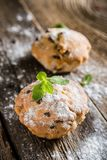 Eigengemaakte muffins met rozijnen royalty-vrije stock fotografie