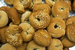 Eigengemaakte ongezuurde broodjes Stock Afbeeldingen