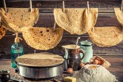 Eigengemaakte pannekoekenproductielijn Royalty-vrije Stock Afbeeldingen