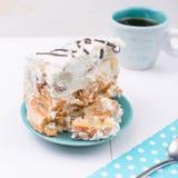 Eigengemaakte Pastei met Koffie op de wightachtergrond Stock Foto's