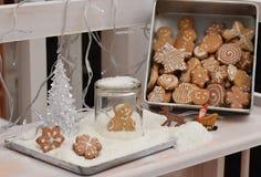 Eigengemaakte peperkoekkoekjes Stock Foto's