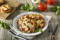 Eigengemaakte Pepperonis Mini Pizza Bagels stock foto
