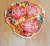 Eigengemaakte pizza Stock Foto