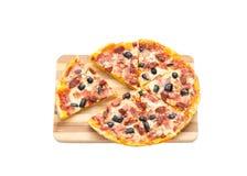 Eigengemaakte pizza voor diner Stock Fotografie