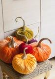 Eigengemaakte pompoenen voor Halloween Royalty-vrije Stock Afbeeldingen