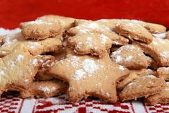 Eigengemaakte Roemeense koekjes: Roemenië Stock Afbeelding